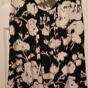 Black and white graphic top